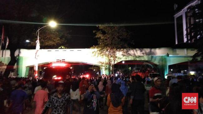 Penonton Drama Hari Pahlawan di Surabaya Tertabrak Kereta