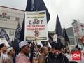 Bawa Bendera Tauhid, Massa Tolak LGBT Datangi Balkot Bogor