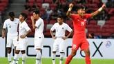 Kekalahan dari Singapura merupakan kekalahan kelima Timnas Indonesia di fase grup Piala AFF sejak 1996. (ANTARA FOTO/Sigid Kurniawan/pd)