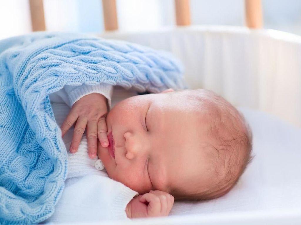 20 Nama Bayi Islami Bermakna Pelindung