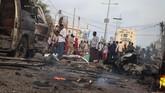 Pro-Shabaab, jaringan yang berafiliasi dengan Al-Qaeda melalui situs menyatakan bertanggung jawab atas serangkaian ledakan yang terjadi di Mogadishu tersebut. (AFP/Abdirazak Hussein Farah)