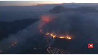 VIDEO: Kebakaran di California Mengusir Warga dari Kota