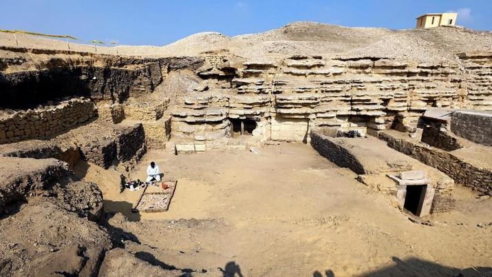 Hebat! Arkeolog Temukan Mumi Kumbang di Makam Mesir Kuno