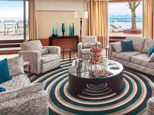 Hotel Sepi, Hyatt PHK Besar-besaran 1.300 Pekerja