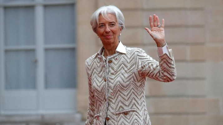 International Monetary Fund (IMF) Managing Director Christine Lagarde arrives at the Elysee Palace as part of the commemoration ceremony for Armistice Day, 100 years after the end of the First World War, in Paris, France, November 11, 2018.  REUTERS/Philippe Wojazer