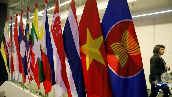 Utang Luar Negeri (ULN) Indonesia, pada akhir Oktober 2018 diklaim Bank Indonesia (BI) masih tetap terkendali dengan struktur sehat.