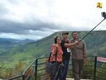 Luhut: Turis ke Danau Toba Sedikit Karena Kurang Promosi