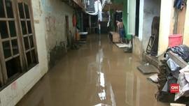 VIDEO: Banjir Kembali Rendam Pemukiman di Jatinegara