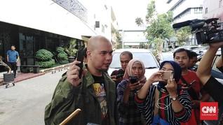 Ahmad Dhani Serahkan Ponsel Bukti Kasus Ujaran 'Idiot'