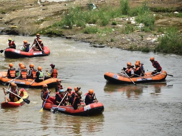 Aktivitas Peduli Sungai Ciliwung