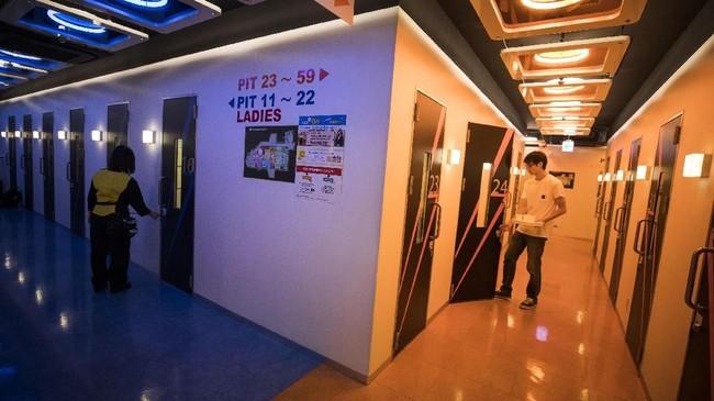 Ruangan karaoke