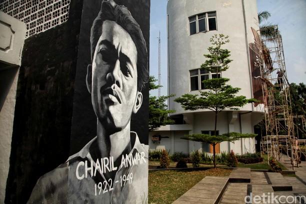 Kerennya Mural Tokoh Seniman di Taman Ismail Marzuki