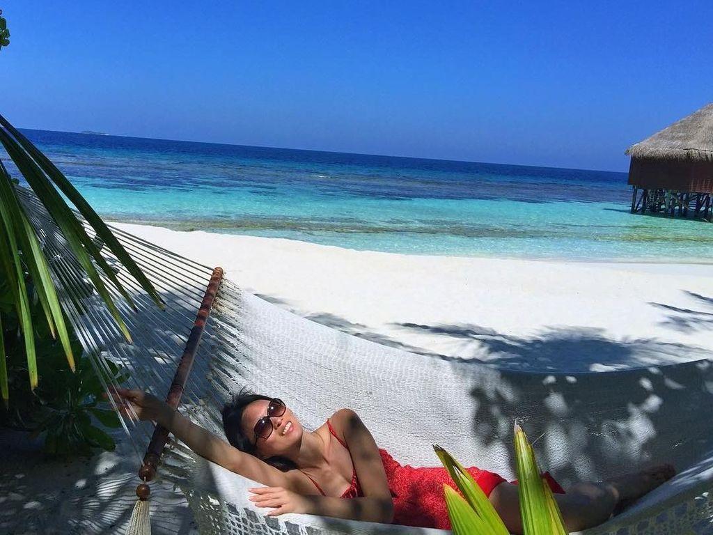 Foto: Liburan ke Pantai Ala Supermodel Berharta Rp 874 Miliar