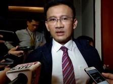 Obligasi Pemerintah Jatuh Bikin Rupiah Loyo ke Rp 14.200/US$