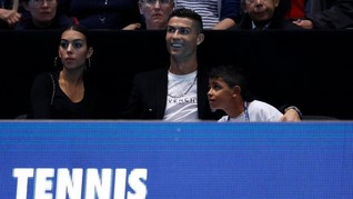 Lelang Mobil Koleksi Pertama Ronaldo Dibuka Rp330 Juta