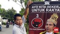 PDIP Klaim Tak Kenal KAMI, Pemasang Poster 'Raja Jokowi'