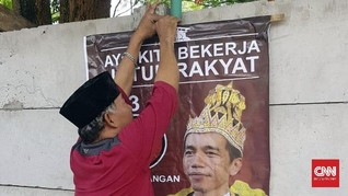 PDIP Duga Ada 'Orang Besar' di Balik Poster Raja Jokowi