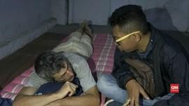 VIDEO: Turis Rusia Bokek Ditemukan Tidur di TPU Bromo