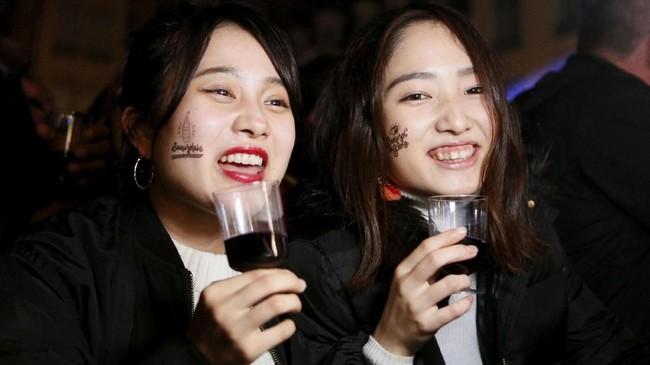 Beaujolais Nouveau adalah primeur Prancis yang paling tersohor. Primeur merupakan wine yang diproduksi dalam waktu cepat. Minuman ini akan tersedia tak lebih dari enam hingga delapan pekan setelah anggur dipanen. (REUTERS/Emmanuel Foudrot)