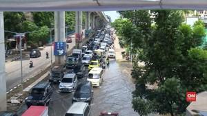 VIDEO: Sejumlah Wilayah Palembang Masih Tergenang Banjir