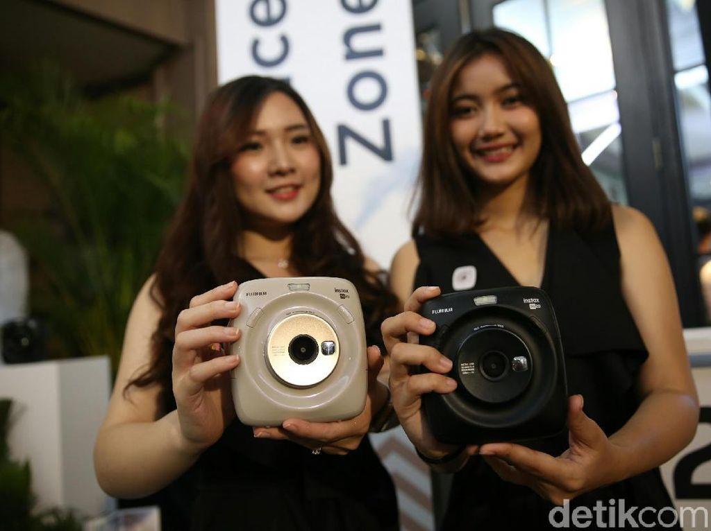 Fujifilm Luncurkan Instax Square SQ20, Ini Bentuknya