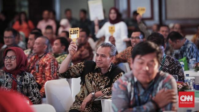 Bursa lelang dilakukan secara offline dan online, bersamaan dengan diluncurkannya situs www.lelang.go.id. Bagi masyarakat yang berminat berpartisipasi, pertama-tama hanya perlu mendaftarkan diri dan membuat akun dengan mengunggah tanda pengenal, seperti KTP dan NPWP. (CNNIndonesia/Safir Makki).
