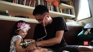 Konflik Batin Ayah Sang Penjaga Anak
