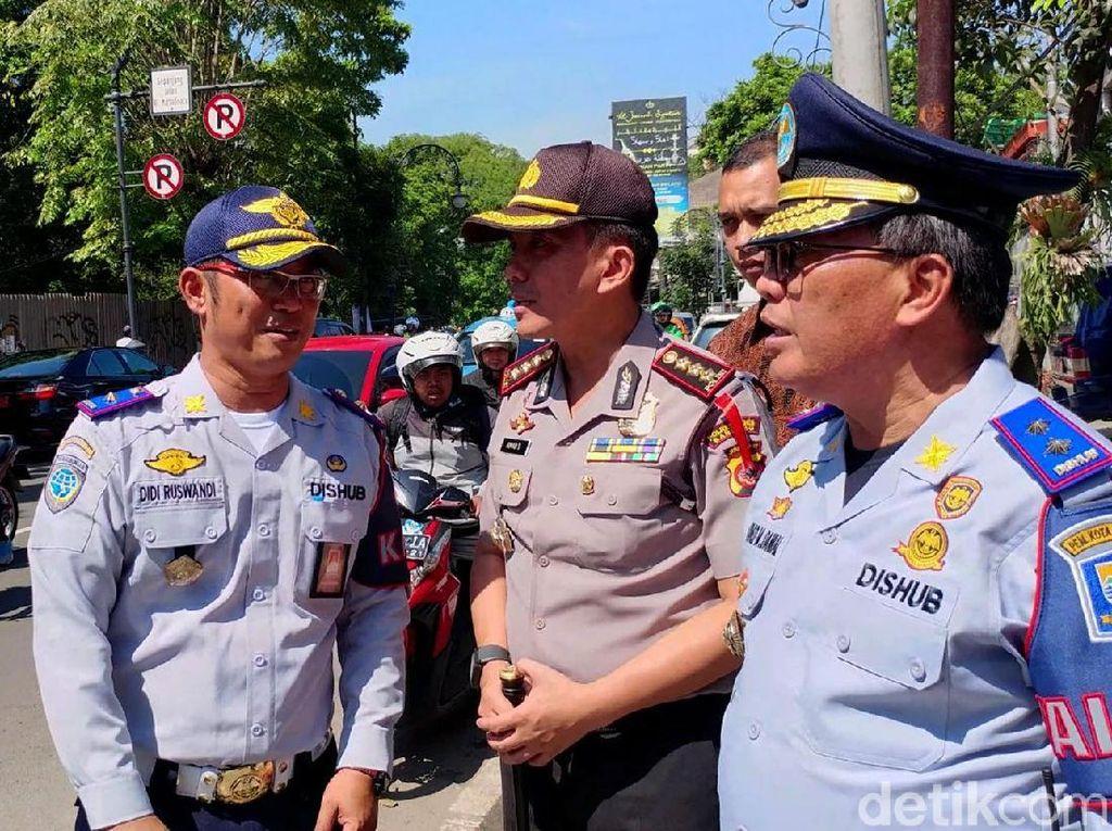 Wali Kota Bandung Oded M Danial pun memastikan OCP akan dilakukan di semua titik terutama yang kerap terjadi kemacetan karena parkir sembarangan atau parkir liar.