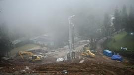 FOTO: Perbaikan Jalur Penahan Longsor di Kawasan Puncak