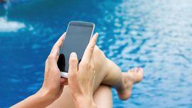 Alasan Konsumen Tertarik Beli Ponsel Ilegal