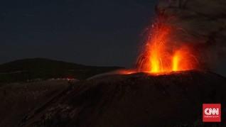 Waspada Level II, Gunung Ibu Alami 95 Gempa Letusan