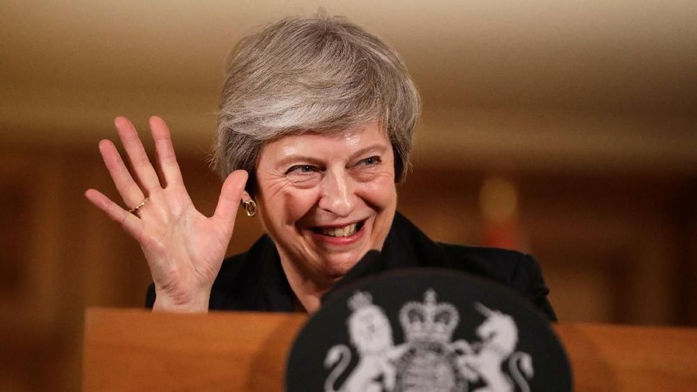 Perdana Menteri Inggris Theresa May berbicara dalam konferensi pers di Downing Street di London, Inggris, Kamis (15/11/2018). Ia berjuang meloloskan rancangan kesepakatan keluarnya Inggris dari Uni Eropa (UE) atau Brexit di parlemen. (Matt Dunham/Pool via Reuters)