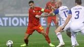 Belgia sempat kesulitan menghadapi kedisiplinan Islandia. Babak pertama berakhir tanpa gol. (REUTERS/Francois Lenoir)
