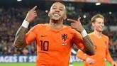 Gol Depay ke gawang Prancis adalah yang kedua bagi pemain Olympique Lyon itu di UEFA Nations League. Sebelumnya Depay membobol gawang Jerman saat Belanda menang 3-0. (REUTERS/Toussaint Kluiters)