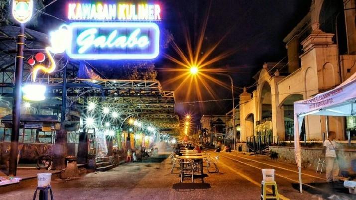Namun Solo bukan hanya soal kota kelahiran Jokowi. Solo juga ternyata punya kinerja ekonomi yang ciamik.