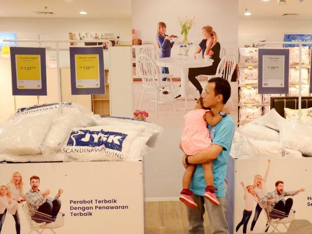 Pembukaan gerai ini menjadi yang ke-15 untuk JYSK di Indonesia. Memilih lokasi di Bellevue Mall, Depok, Jawa Barat, Minggu (18/11) secara resmi toko/gerai ini dibuka untuk umum. Foto: dok. JYSK
