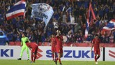 Timnas Indonesia kembali keboblan gol keempat di menit ke-74 oleh Pokklaw Anan. Thailand memimpin 4-1. (ANTARA FOTO/Akbar Nugroho Gumay)