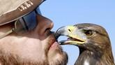 Burung Elang Emas berusia dua tahun yang dipelihara oleh Yasser al-Khawanky.