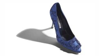 Manolo Blahnik Buat Lagi Stiletto Biru Carrie Bradshaw