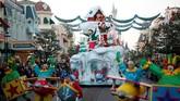 Meskipun Paris sedang memasuki musim dingin, namun kecerian di kawasan Disneyland diperkirakan akan membuat suasana lebih hangat.