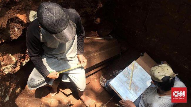 Arkeolog Dalami Temuan Situs Candi di Desa Duduhan, Semarang