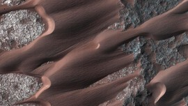 Peneliti Ungkap Alasan Air di Mars Terus Berkurang