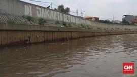 Pegiat Tata Kota dan LBH Sebut Normalisasi Gagal Cegah Banjir