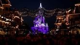 Nuansa klasik Disneyland benar-benar terasa di tempat ini.