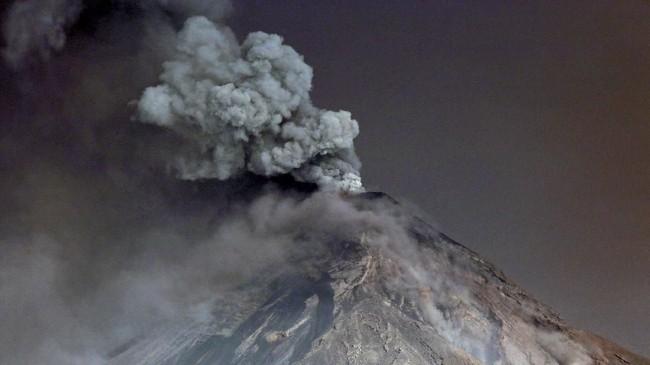 Gunung Fuego adalah salah satu yang paling aktif di kawasan Amerika Tengah. (REUTERS/Luis Echeverria TPX IMAGES OF THE DAY)