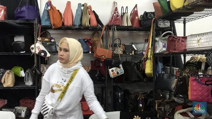 Pemburu Tas Mewah Bekas di Jakarta Terus Bertambah