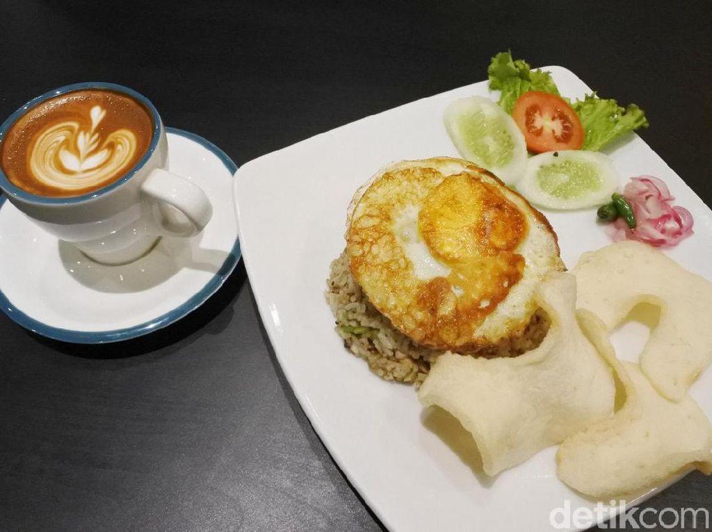 Dualitas Coffee: Hangatnya  Cappuccino dan Nasi Goreng Diabetes Murah Meriah