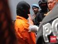 Pelaku Pembunuhan Jasad dalam Lemari Disoraki Warga Mampang