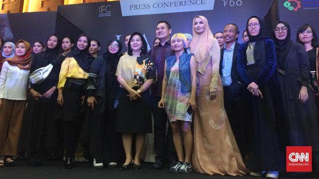 Jemput Bola, 16 Desainer Indonesia Bakal Pamer Karya di Paris