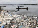Sedih! Lautan Nan Indah Kini Tertutup Sampah Plastik